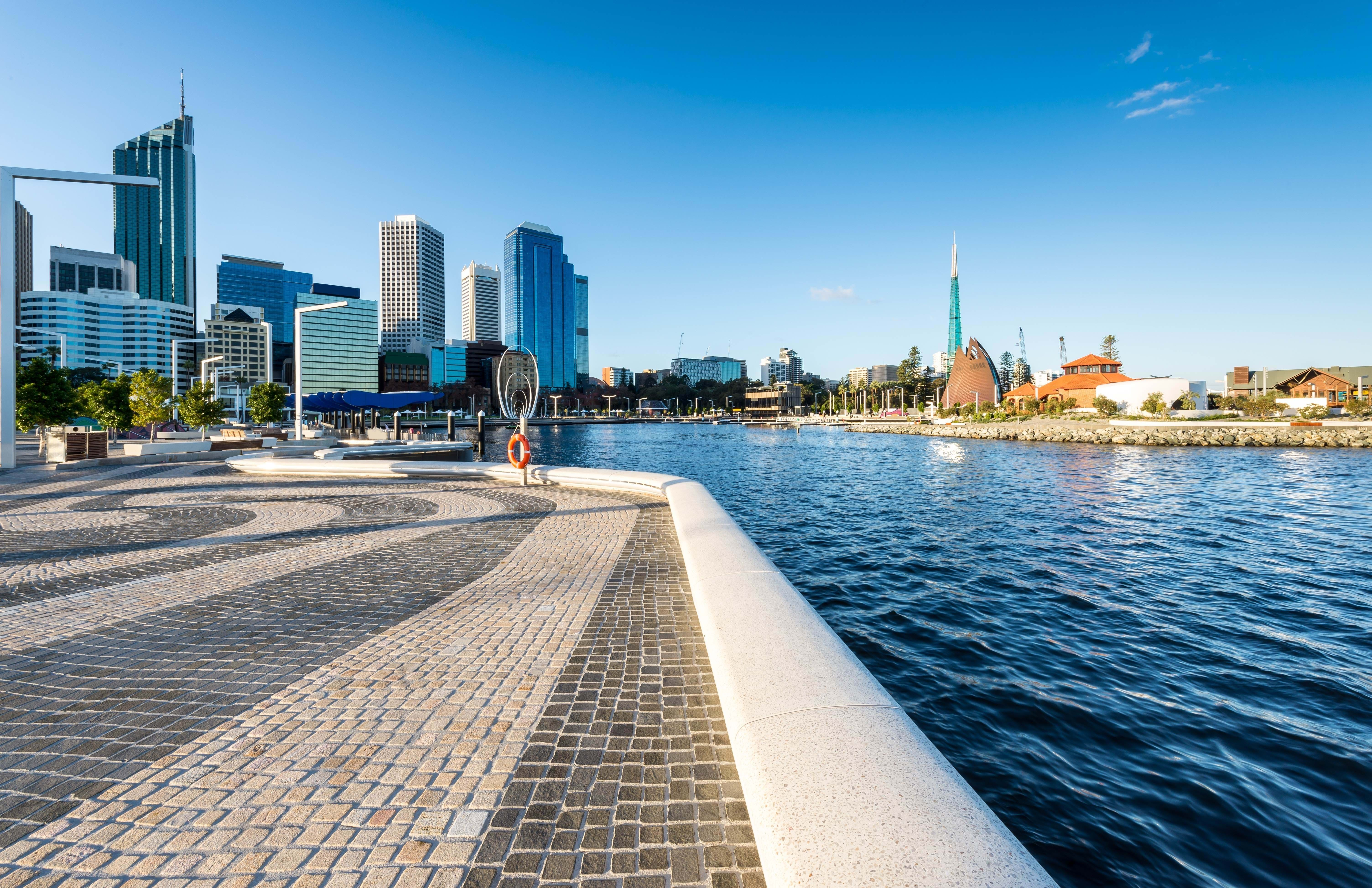 perth-elisabeth-quay-marina-australia-day-time-cover