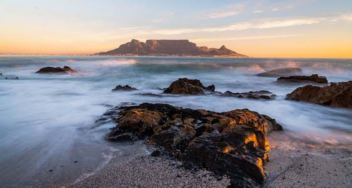 cape-town-south-africa-bloubergstrand-cover