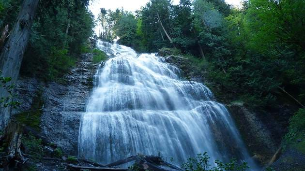 bridal-falls-wide-view_1280x720_for_navi_web