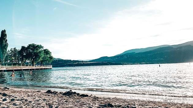 kelowna-city-park-beach-kolby-milton-qezgsbfcvrc-unsplash_1280x720_for_navi_web